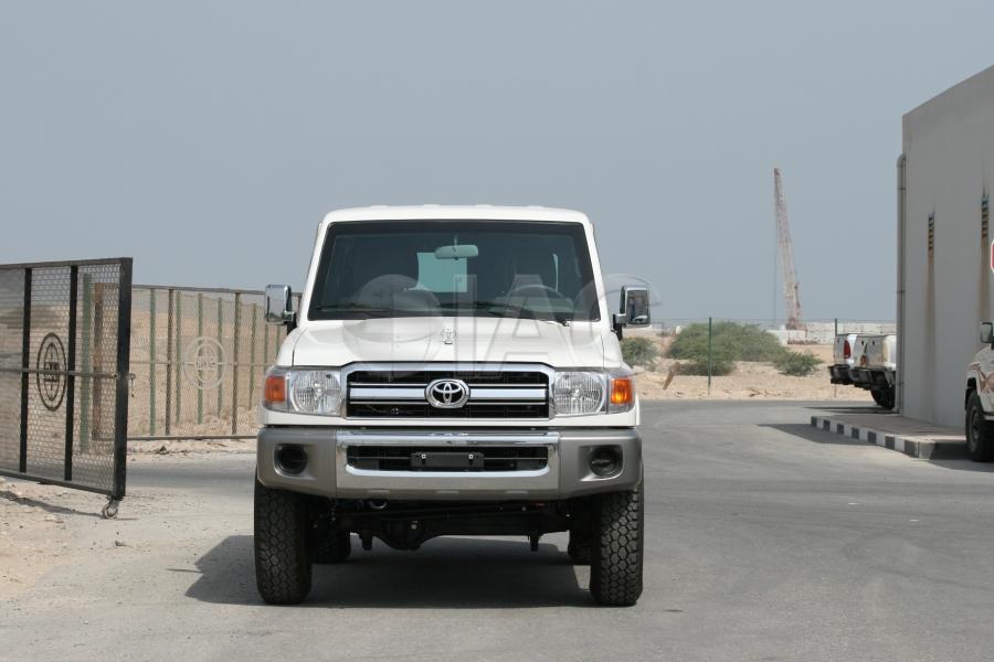 International Armored Group Toyota Land Cruiser 76 Lx 10