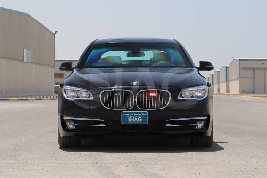 BMW 7 Series Armored Strobe lighting