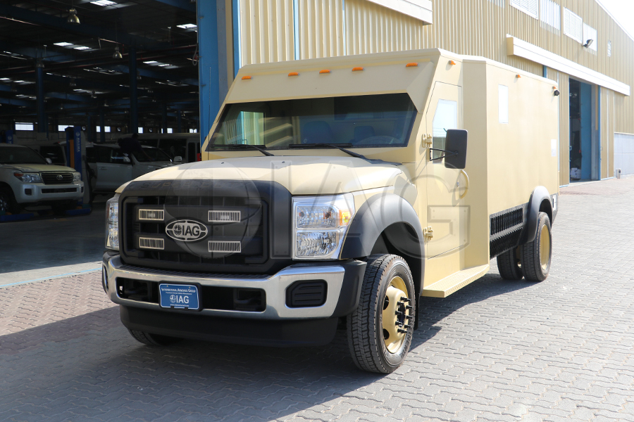 ford f550 CIT bank truck