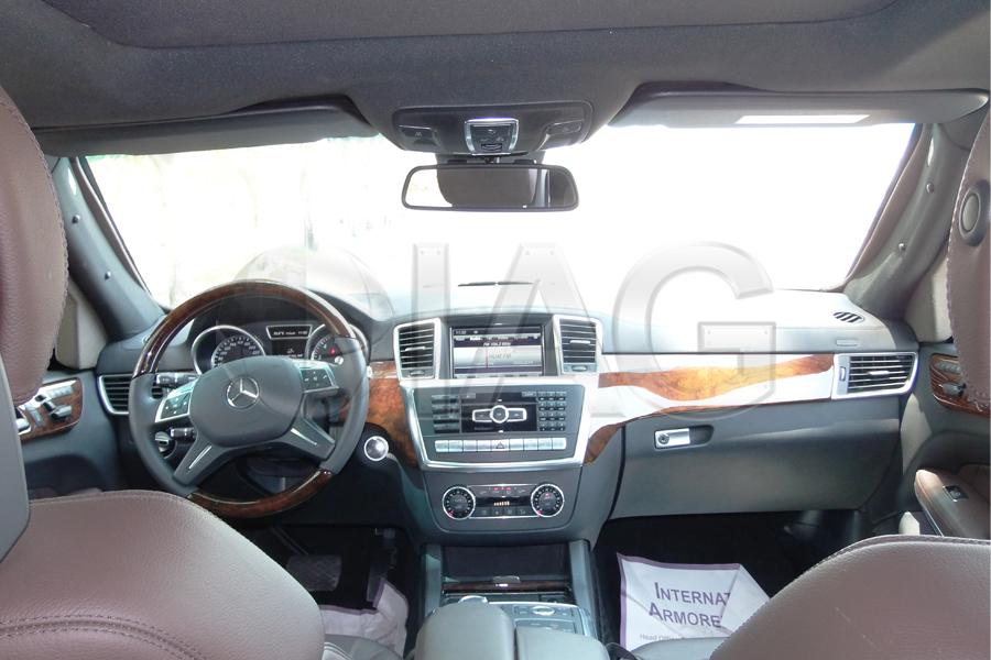 mercedes benz gl suv interior front