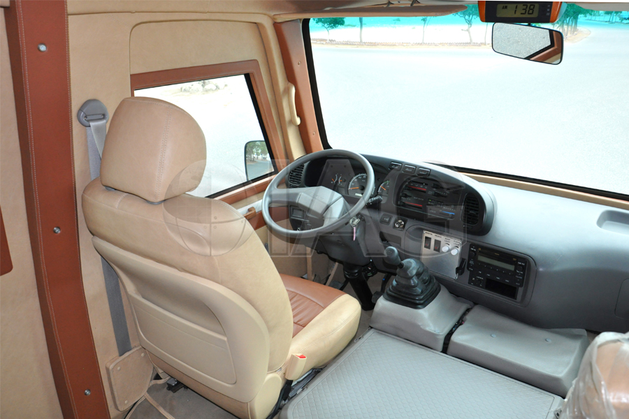 toyota coaster manual transmission