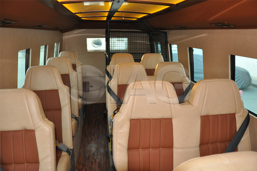 toyota coaster luxury option