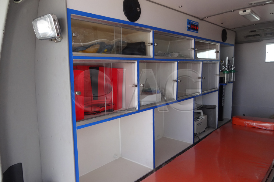Toyota Hiace Ambulance Interior Medical Equipment